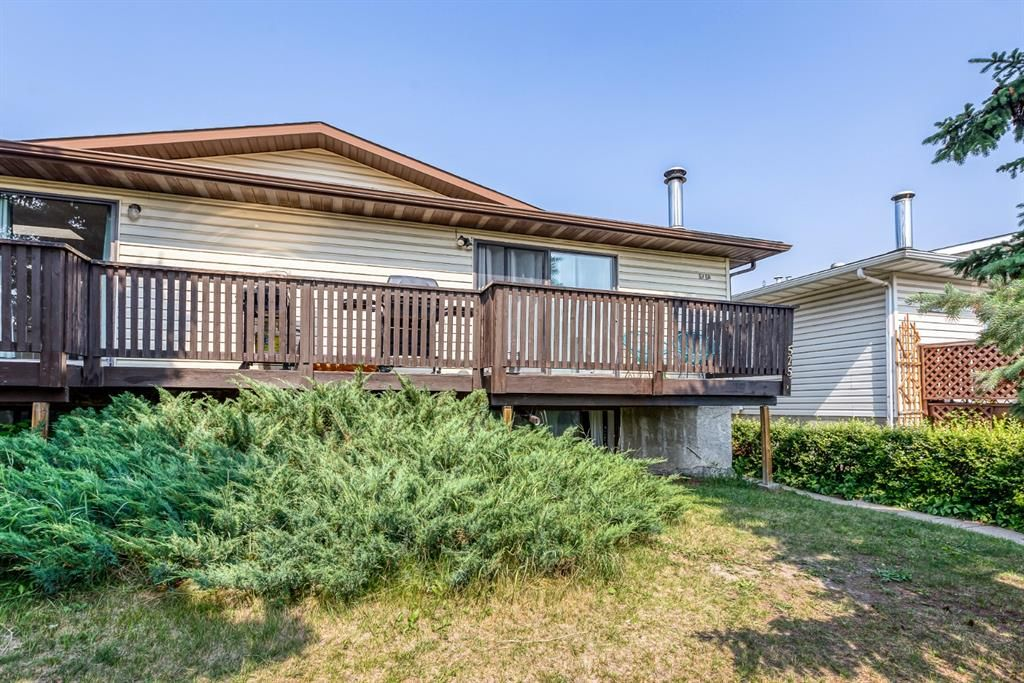 Main Photo: 5258 19 Avenue NW in Calgary: Montgomery Semi Detached for sale : MLS®# A1131802