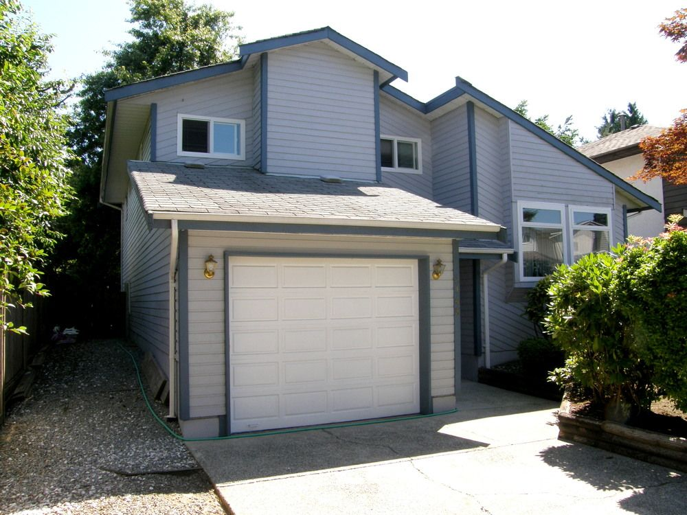 Main Photo: 3148 TOBA Drive in Coquitlam: Home for sale : MLS®# V1075139