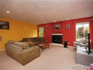 Photo 12: 2390 Halcyon Pl in VICTORIA: CS Tanner House for sale (Central Saanich)  : MLS®# 584829