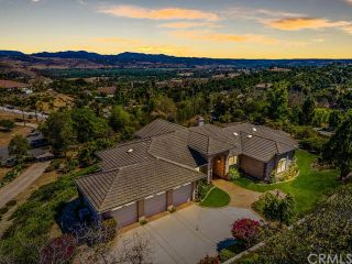 Photo 1: FALLBROOK House for sale : 3 bedrooms : 2201 Dos Lomas