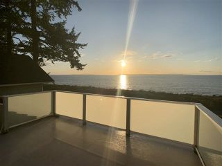 "Photo 3: 2614 O'HARA Lane in Surrey: Crescent Bch Ocean Pk. House for sale in ""CRESCENT BEACH"" (South Surrey White Rock)  : MLS®# R2457219"