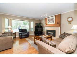 Photo 4: 18222 58B Avenue in Surrey: Cloverdale BC House for sale (Cloverdale)  : MLS®# R2395473