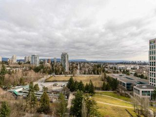 """Photo 19: 1804 6838 STATION HILL Drive in Burnaby: South Slope Condo for sale in """"THE BELGRAVIA"""" (Burnaby South)  : MLS®# R2544258"""
