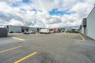 Photo 2: 302 20771 LANGLEY Bypass in Langley: Langley City Retail for sale : MLS®# C8034754