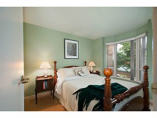 Photo 12: 356 TAYLOR WY in West Vancouver: Park Royal Condo for sale : MLS®# V1073240