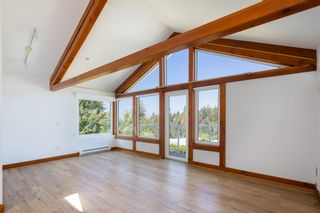 """Photo 16: 1540 WHITE SAILS Drive: Bowen Island House for sale in """"Tunstall Bay"""" : MLS®# R2613126"""