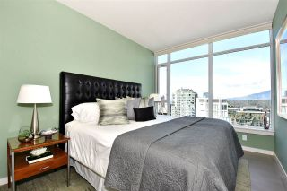 """Photo 11: 2804 1211 MELVILLE Street in Vancouver: Coal Harbour Condo for sale in """"The Ritz"""" (Vancouver West)  : MLS®# R2247457"""