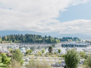 "Photo 1: 901 1863 ALBERNI Street in Vancouver: West End VW Condo for sale in ""LUMIERE"" (Vancouver West)  : MLS®# V1120284"