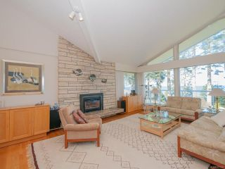 Photo 3: 1147 Pintail Dr in QUALICUM BEACH: PQ Qualicum Beach House for sale (Parksville/Qualicum)  : MLS®# 781930