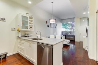 Photo 8: 102 REGIMENT Square in Vancouver: Downtown VW Townhouse for sale (Vancouver West)  : MLS®# R2601399