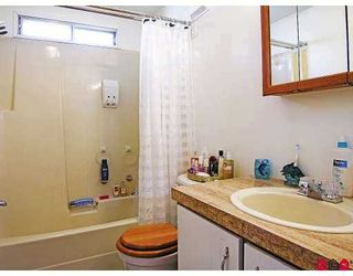 """Photo 7: 51 8254 134 ST in Surrey: Fleetwood Tynehead Manufactured Home for sale in """"Westwood Estates"""" : MLS®# F2617333"""
