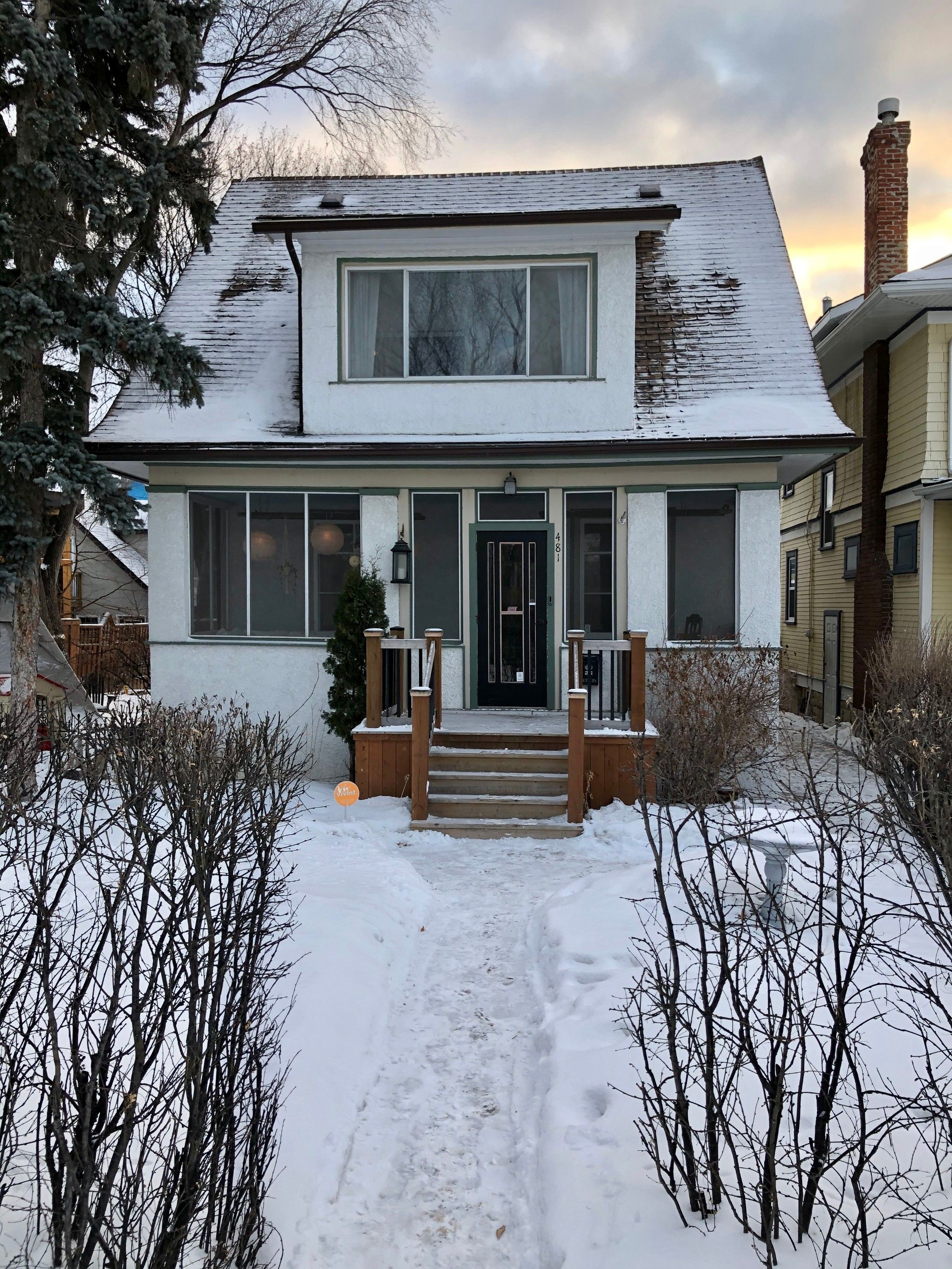 Welcome to 481 Raglan Road in Wolseley across from Omand Creek Park !