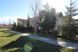 Photo 2: 110 2038 Gatewood Rd in : Sk Sooke Vill Core Row/Townhouse for sale (Sooke)  : MLS®# 869380