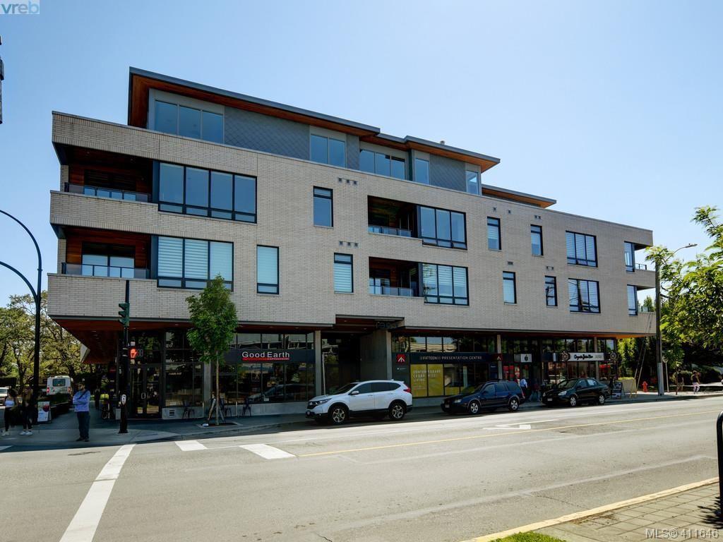 Main Photo: 305 1969 Oak Bay Ave in VICTORIA: Vi Fairfield East Condo for sale (Victoria)  : MLS®# 816072