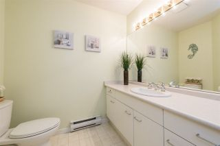 """Photo 11: 436 1252 TOWN CENTRE Boulevard in Coquitlam: Canyon Springs Condo for sale in """"The Kennedy"""" : MLS®# R2232412"""