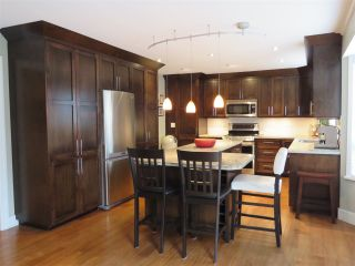 """Photo 2: 5323 LAUREL Gate in Delta: Hawthorne House for sale in """"VICTORY SOUTH"""" (Ladner)  : MLS®# R2397995"""