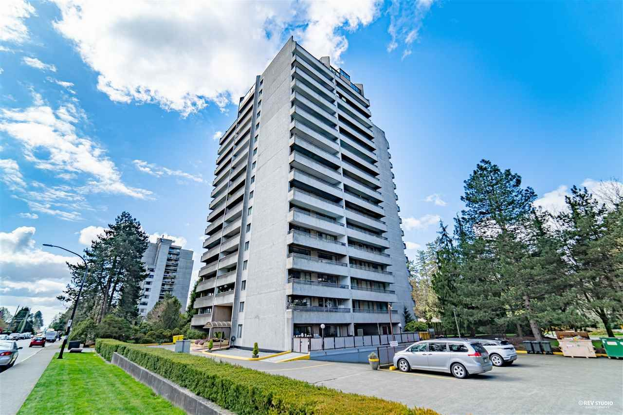 "Main Photo: 903 6595 WILLINGDON Avenue in Burnaby: Metrotown Condo for sale in ""HUNTLEY MANOR"" (Burnaby South)  : MLS®# R2564529"