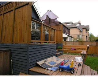 Photo 9: 660 W 13TH Avenue in Vancouver: Fairview VW House for sale (Vancouver West)  : MLS®# V761116
