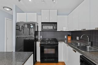 """Photo 6: 401 151 W 2ND Street in North Vancouver: Lower Lonsdale Condo for sale in """"SKY"""" : MLS®# R2615924"""