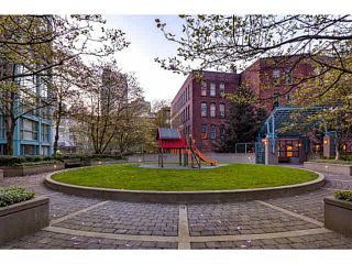 """Photo 18: 1502 1177 PACIFIC Boulevard in Vancouver: Yaletown Condo for sale in """"PACIFIC PLAZA"""" (Vancouver West)  : MLS®# V1122980"""