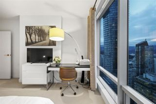 """Photo 12: 3603 1111 ALBERNI Street in Vancouver: West End VW Condo for sale in """"SHANGRI-LA"""" (Vancouver West)  : MLS®# R2521005"""