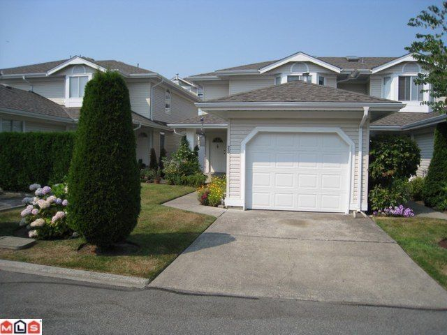 """Main Photo: 23 6489 121A Street in Surrey: West Newton Townhouse for sale in """"Sunwood Gardens"""" : MLS®# F1020794"""
