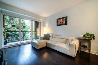 """Photo 4: 201 2020 W 12TH Avenue in Vancouver: Kitsilano Condo for sale in """"2020"""" (Vancouver West)  : MLS®# R2526029"""