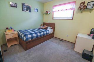 Photo 15: 19 Birchlynn Bay in Winnipeg: Garden Grove Residential for sale (4K)  : MLS®# 202106295