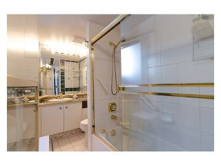 """Photo 8: # 207 1633 W 8TH AV in Vancouver: Fairview VW Condo for sale in """"FIRCREST GARDENS"""" (Vancouver West)  : MLS®# V971251"""