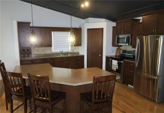 Photo 3: 95 Chester Avenue in Arnaud: Residential for sale (R17)  : MLS®# 1926085