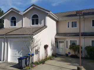 """Photo 2: 2 10062 154TH Street in Surrey: Guildford Townhouse for sale in """"Woodland Grove"""" (North Surrey)  : MLS®# R2245300"""