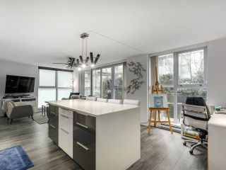 Photo 2: 217 168 POWELL Street in Vancouver: Downtown VE Condo for sale (Vancouver East)  : MLS®# R2386644