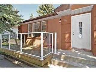 Photo 2: 70 CAMBRIAN Drive NW in Calgary: Bungalow for sale : MLS®# C3538395
