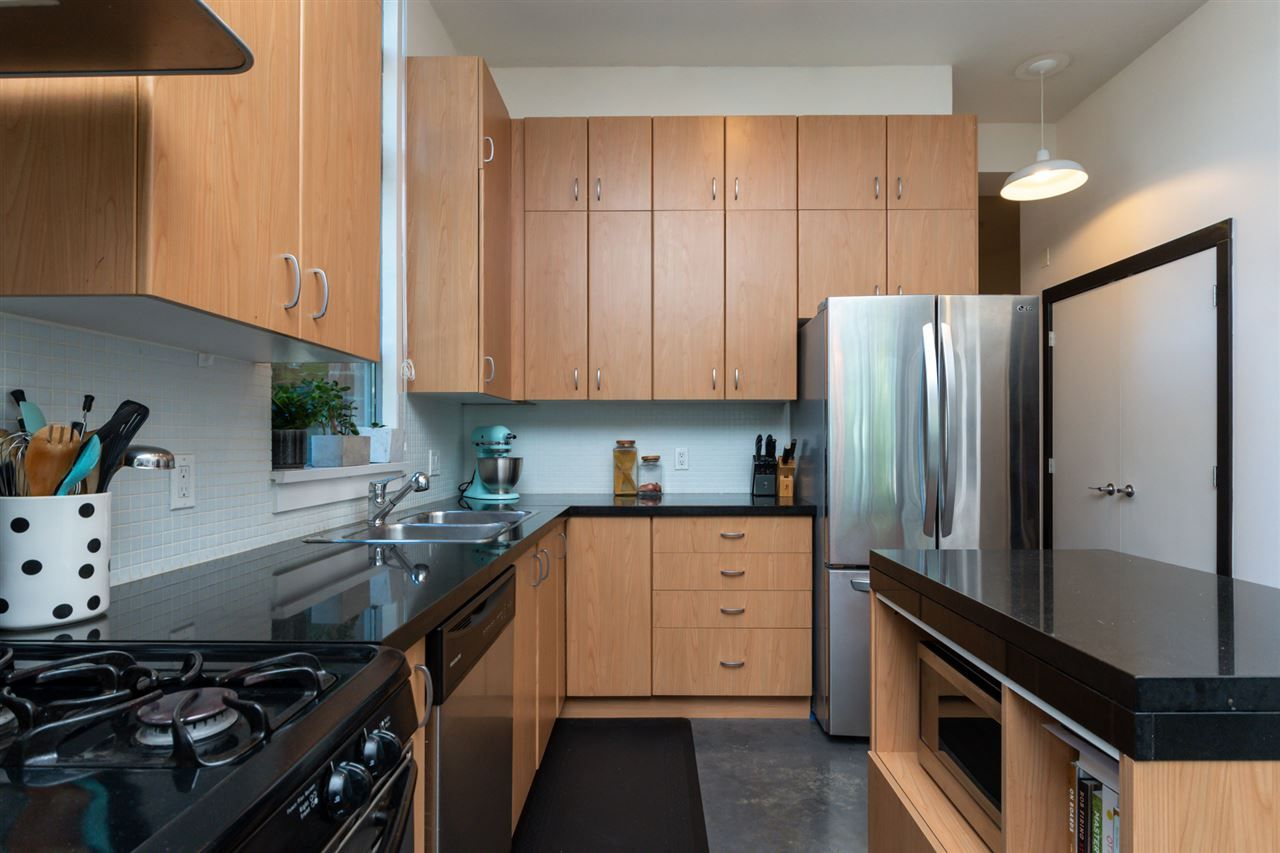 Photo 9: Photos: 207 2635 PRINCE EDWARD STREET in Vancouver: Mount Pleasant VE Condo for sale (Vancouver East)  : MLS®# R2488215