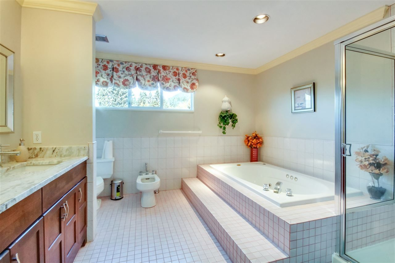 Photo 17: Photos:  in North Vancouver: Upper Lonsdale House for sale