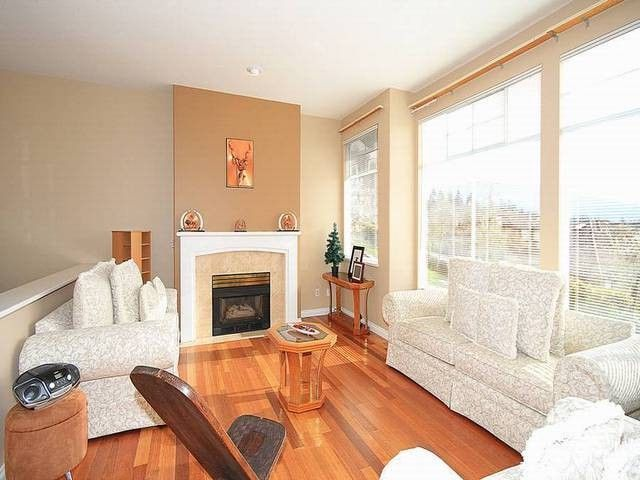 """Main Photo: 20 2979 PANORAMA Drive in Coquitlam: Westwood Plateau Townhouse for sale in """"DEERCREST"""" : MLS®# V1058074"""