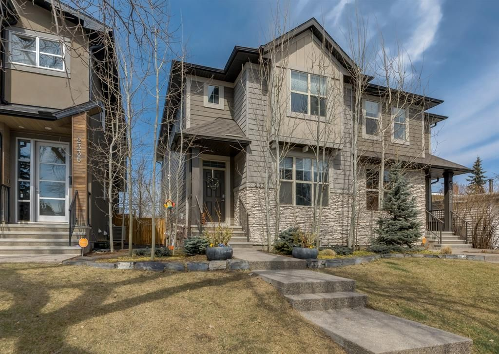 Main Photo: 2334 54 Avenue SW in Calgary: North Glenmore Park Semi Detached for sale : MLS®# A1101000