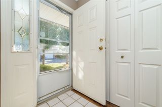"""Photo 2: 25 2023 WINFIELD Drive in Abbotsford: Abbotsford East Townhouse for sale in """"Meadow View"""" : MLS®# R2106791"""