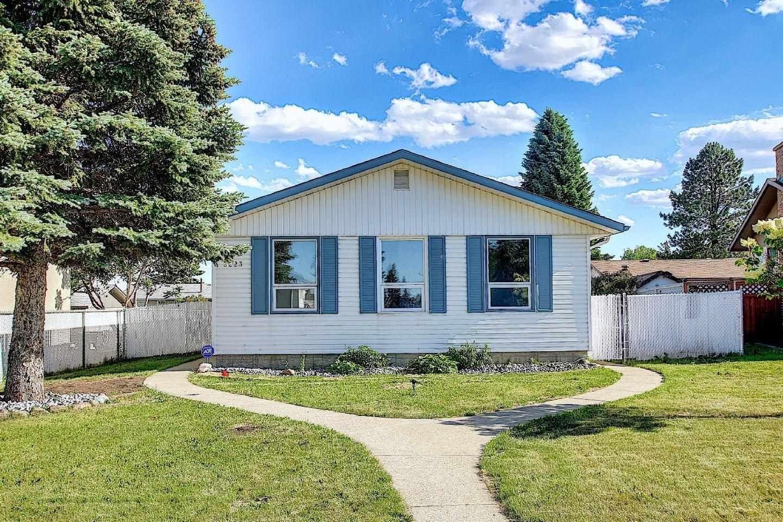 Main Photo: 3223 112 Avenue in Edmonton: Zone 23 House for sale : MLS®# E4264940