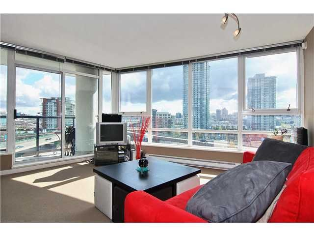 """Main Photo: 802 939 EXPO Boulevard in Vancouver: Downtown VW Condo for sale in """"Max II"""" (Vancouver West)  : MLS®# V877511"""