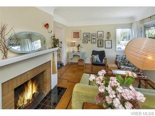 Photo 2: 1905 Lee Ave in VICTORIA: Vi Jubilee House for sale (Victoria)  : MLS®# 742977