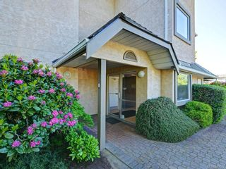 Photo 21: 305 7070 West Saanich Rd in Central Saanich: CS Brentwood Bay Condo for sale : MLS®# 842049