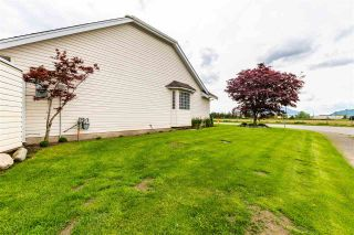Photo 40: 7570 QUEEN Street in Chilliwack: Sardis East Vedder Rd House for sale (Sardis)  : MLS®# R2572918