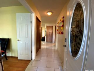 Photo 4: 239 Kenosee Crescent in Saskatoon: Lakeview SA Residential for sale : MLS®# SK850644