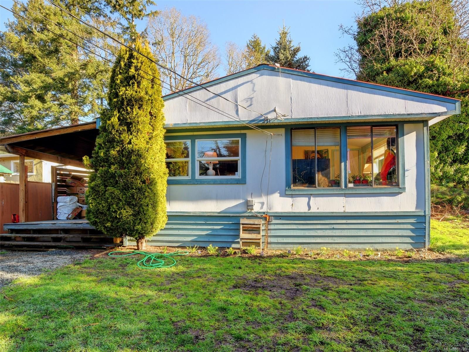 Main Photo: 1120 Donna Ave in : La Langford Lake Manufactured Home for sale (Langford)  : MLS®# 881720