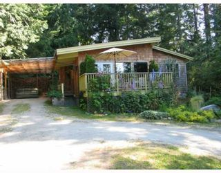 Photo 1: 6054 CORACLE Drive in Sechelt: Sechelt District House for sale (Sunshine Coast)  : MLS®# V777242