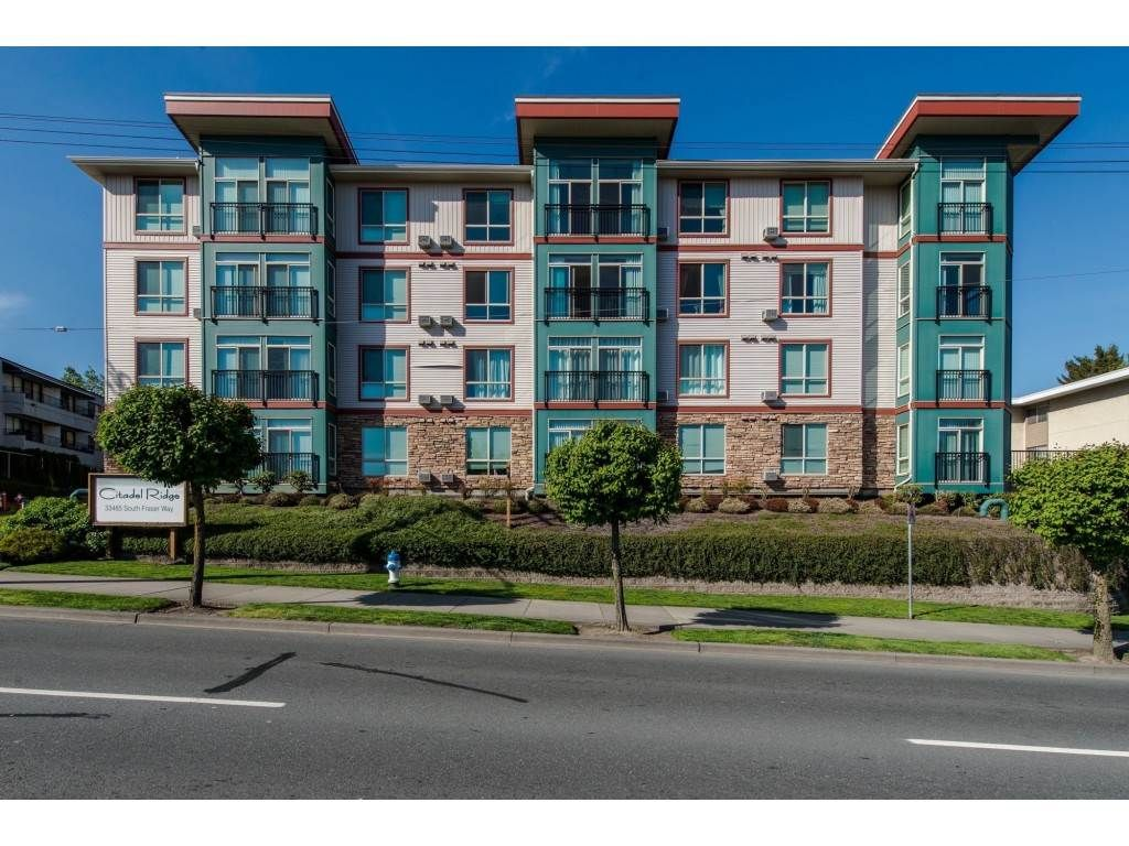 "Main Photo: 411 33485 SOUTH FRASER Way in Abbotsford: Central Abbotsford Condo for sale in ""Citadel Ridge"" : MLS®# R2565368"