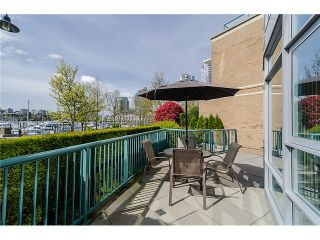 """Photo 10: 1035 MARINASIDE Crescent in Vancouver: Yaletown Townhouse for sale in """"Quaywest"""" (Vancouver West)  : MLS®# V1003827"""
