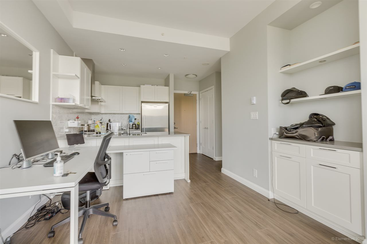 """Photo 14: Photos: 2603 520 COMO LAKE Avenue in Coquitlam: Coquitlam West Condo for sale in """"THE CROWN"""" : MLS®# R2483945"""