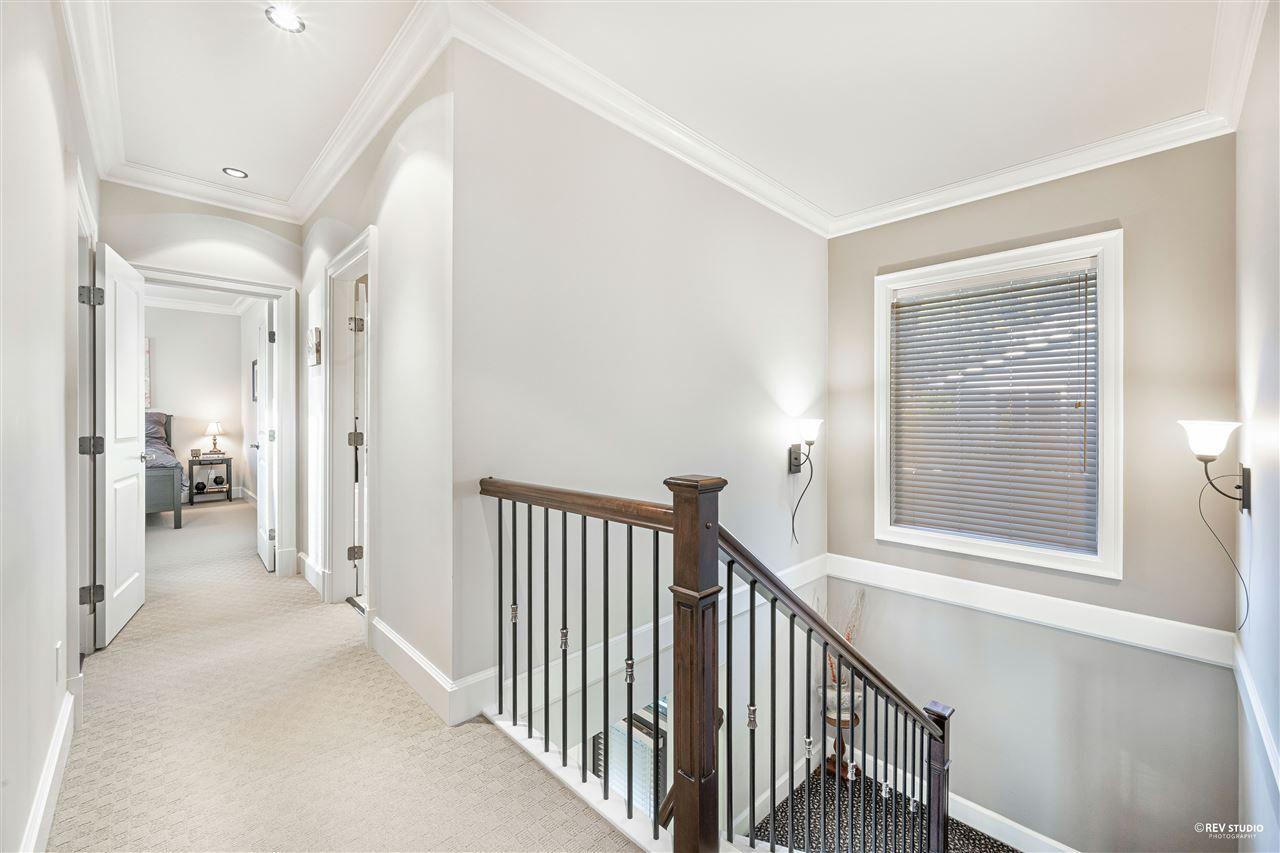 Photo 21: Photos: 645 IOCO Road in Port Moody: North Shore Pt Moody House for sale : MLS®# R2537725